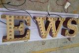 Il metallo personalizzato verniciato sgrana il segno di marchio delle lettere della lampadina degli alloggiamenti LED