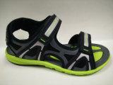 Chaussures occasionnelles de santals extérieurs de l'été des jeunes hommes