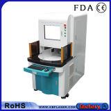 Máquina ULTRAVIOLETA de alta precisión de la marca del laser del plástico 3With5W del código del tratamiento por lotes de la impresión de la marca registrada de la Doble-Estación