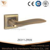 Alça de alavanca de porta de liga de zinco de estilo moderno para porta interna