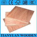Preço de grosso à madeira compensada do anúncio publicitário do mercado de África