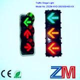 semáforo que contellea verde rojo y ambarino de 300m m y del LED para la indicación direccional