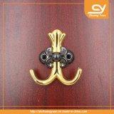 La vis convenable de matériel de meubles de salle de bains de crochet de couche en métal accroche la clé