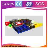 Sosta del trampolino per la zona dei capretti o il centro del gioco