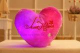 Het Gevulde Speelgoed van de Pluche van het gloeiende Kleurrijke Lichtgevende LEIDENE Hart van de Liefde Hoofdkussen