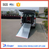 Rampe manuel facile et de sûreté de pli de fauteuil roulant pour Van