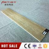 Teja rojizo reflejo del piso de madera decoración con acabado mate