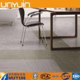 Fabrik-Preis-selbstklebender Teppich-Effekt Belüftung-Vinylbodenbelag