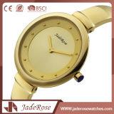 Aleación de material redondo clásico reloj de pulsera de cuarzo