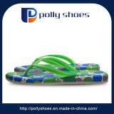 Сандалия Flop Flip пальца ноги зеленого цвета открытая