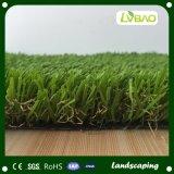 Hierba que ajardina artificial del jardín verde natural