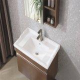壁に取り付けられた純木の浴室の虚栄心の浴室用キャビネット
