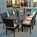 Chairおよび表セットによってセットを食事する新式の屋外の庭Aluminum/PEの藤の家具