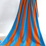 卸し売りカスタム縞の綿はタオル、移動のビーチタオルを遊ばす