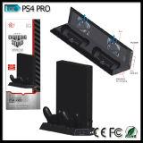 Playstationのための縦の立場の冷却ファン二重充満端末4つのPS4プロコンソール倍の衝撃4のコントローラ