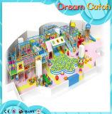 2017人の普及した子供のプラスチック運動場の屋内Playgroundrのおもちゃ