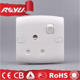 Всеобщее гнездо переключателя электропитания безопасности Pin пластмассы 3