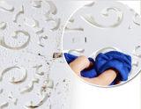 現代線条細工様式はCD図書陳列のための白い木プラスチック壁の棚を切り分ける