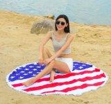 フラグデザインの円形のビーチタオル
