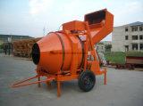 Uno mismo que carga el mezclador concreto para la venta, inclinando el mezclador concreto del tambor, motor del mezclador concreto