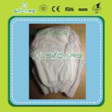 中国製赤ん坊のトレーニングのズボンによっては、赤ん坊おむつの工場が喘ぐ