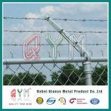 フィールド塀のための高品質の有刺鉄線の塀の/Galvanizedの有刺鉄線