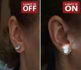 새로운 LED 장식 못 귀걸이는 휴일과 당을%s 귀걸이 장식 못을 빛나는 LED 귀걸이를 불이 켜진다