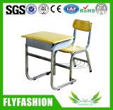 Деревянные одиночные стол студента школы и мебель школы стула