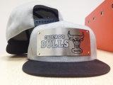 Kundenspezifische neue Auslegung-Form-Sport-Metallzeichen-Hysteresen-Hüte