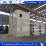 China hizo transporte fácil del paquete plano la casa modular del envase de bastidor de acero y de los paneles de emparedado fuertes con precio barato
