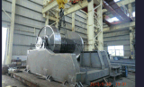 Treuil de remorquage hydraulique pour marine
