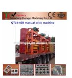 Machine creuse concrète de bloc de vibration manuelle de moulage de la grande capacité Qtj4-40b en Afrique
