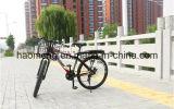 黒い折る鋼鉄自転車のバスケット