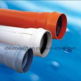 Machine en plastique d'extrudeuse d'approvisionnement de constructeur pour des pipes de PVC