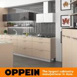 Da melamina bege macia quente da venda de Oppein gabinete de cozinha de madeira (OP16-M03)