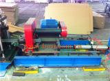 Rolo serrilhado da canaleta do suporte que dá forma fazendo a máquina Tailândia