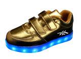 Малыши светящее СИД освещают вверх ботинки с застекленной верхушкой PU