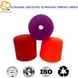 Grande filato 100% di poliestere tinto dei coni di colori per uso di cucito