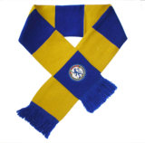 Связанный шарф футбола