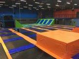 De lange Zaal van de Trampoline van de Opstelling van de Trampoline van de Manier Olympische Binnen