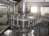 Terminar la máquina de rellenar del jugo de piña