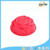 1PCSローズのタイプシリコーンのケーキ型は耐熱の深皿に用具を使う