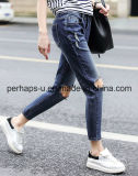 Брюки джинсовой ткани джинсыов высокого качества одежд женщин голубые сорванные