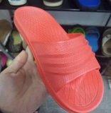 自動PVC単一カラーAirblowingおよびゼリーの靴の注入機械