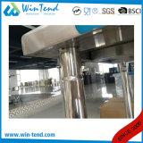 Tabella di lavoro della preparazione della strumentazione della cucina di approvvigionamento dell'hotel