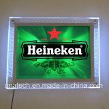 Nuova casella chiara acrilica fissata al muro del cristallo LED