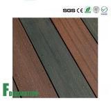 Decking plástico de madeira da boa co-extrusão material Eco-Friendly Textured por atacado de WPC