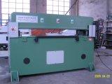 Precisa mediante cuatro columnas plano de corte de la máquina hidráulica