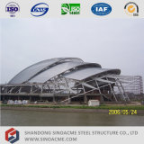 Construction de structure métallique pour le gymnase