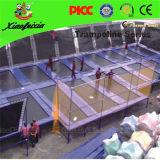 Grand trempoline d'intérieur commercial pour des sports